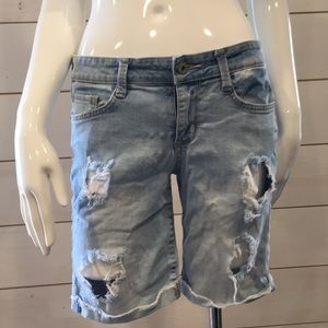 Bundle of 2 pair of shorts. Size 5 Juniors.